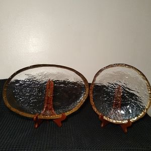 2 mcm crinkle glass platters